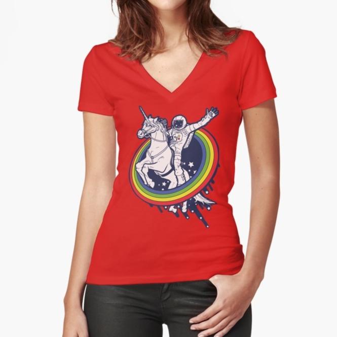 15 Gift Ideas For a Space Explorer | Astronaut T-Shirt