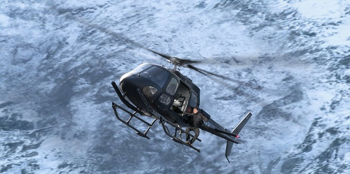 Mission Impossible Fallout Review | Helicopter Scene