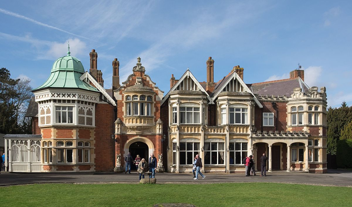 James Bond in London | Bletchley Park