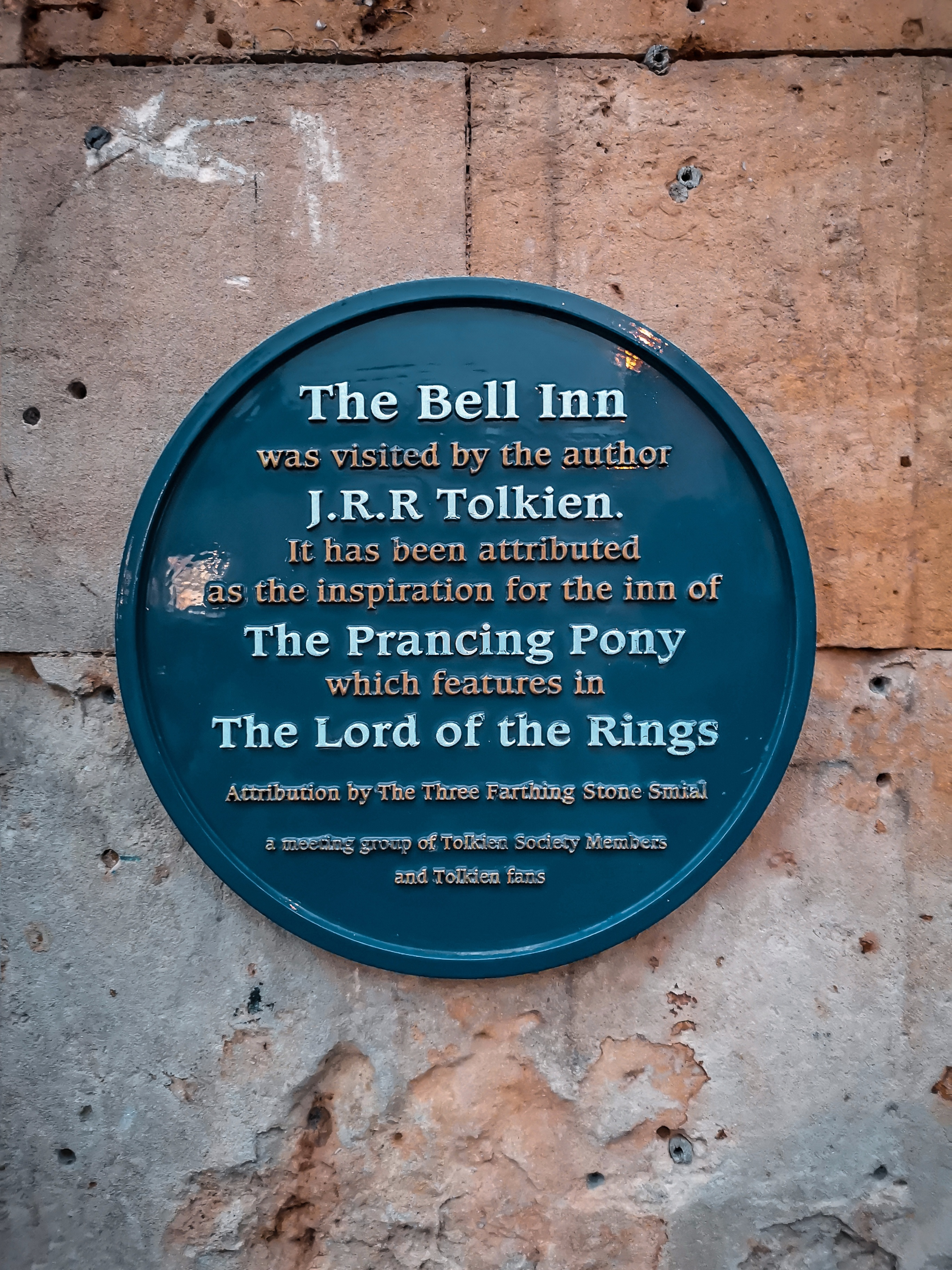 A Lord of the Rings Guide to the Cotswolds | The Bell Inn
